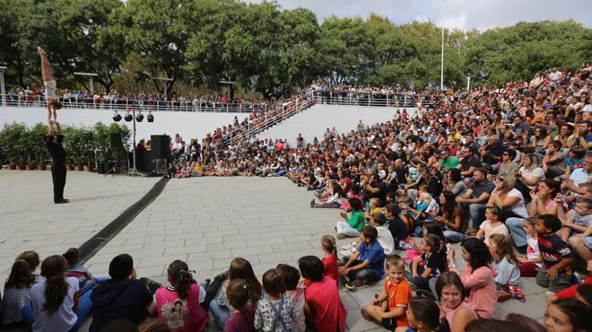 Ambiente en el Parc de la Trinitat por las Festes de la Merc� 2016