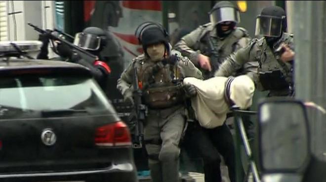 Detenci�n de Salah Abdelsman en Bruselas, implicado en los atentados de noviembre en Par�s.