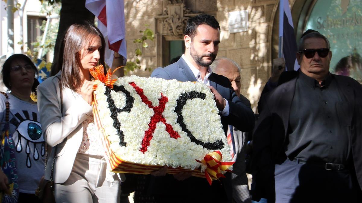 Ofrenda floral de Plataforma per Catalunya.