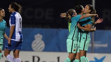 Mira el golàs de Bárbara Latorre davant l'Espanyol amb què al·lucina Piqué