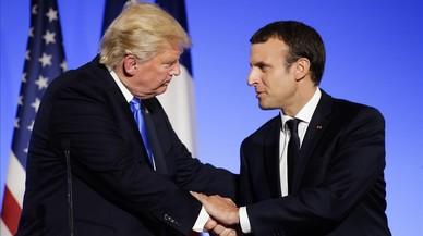 Macron seduce a Trump