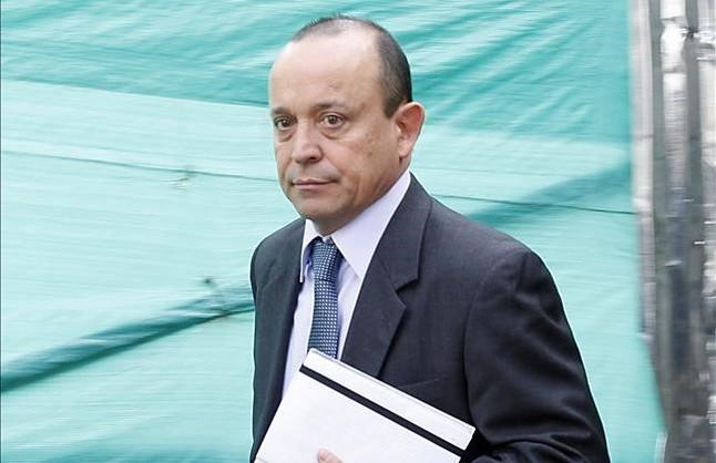 Santiago Uribe.