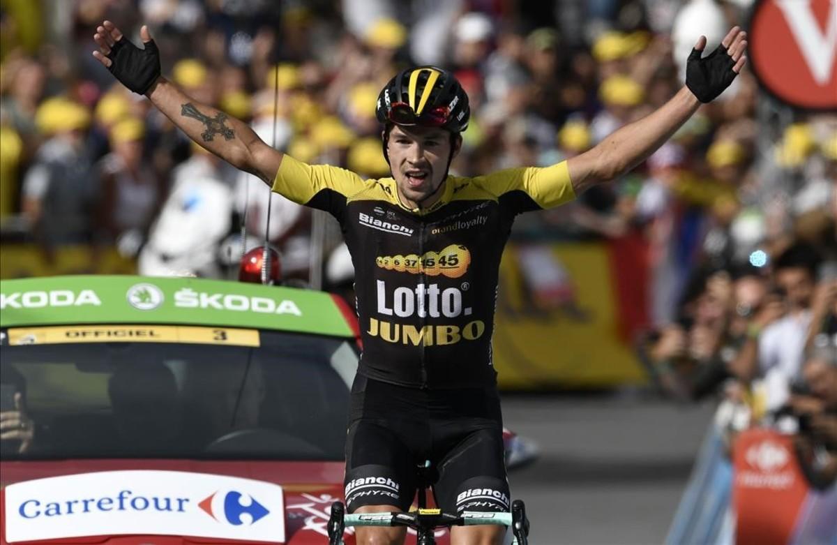Primoz Roglic celebra la victoria de etapa.
