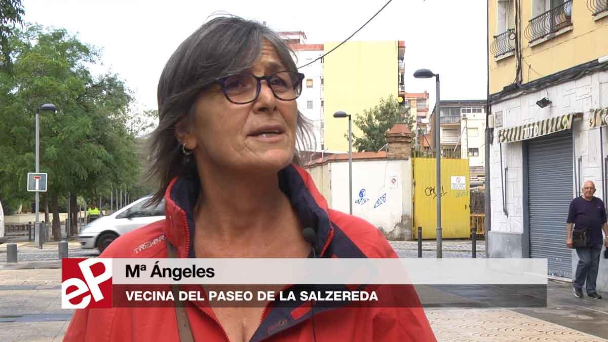Els veïns opinen sobre la votació per reformar el passeig Salzereda de Santa Coloma.