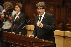 Carles Puigdemont, ayer, en el Parlament.