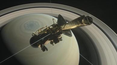 'Cassini' es desintegra en l'atmosfera de Saturn