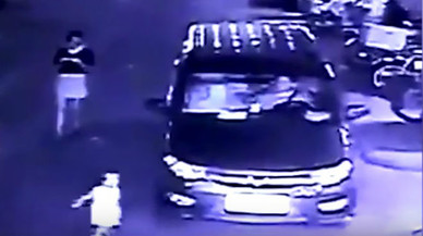 Una nena mor atropellada a la Xina mentre la seva mare mirava el telèfon mòbil