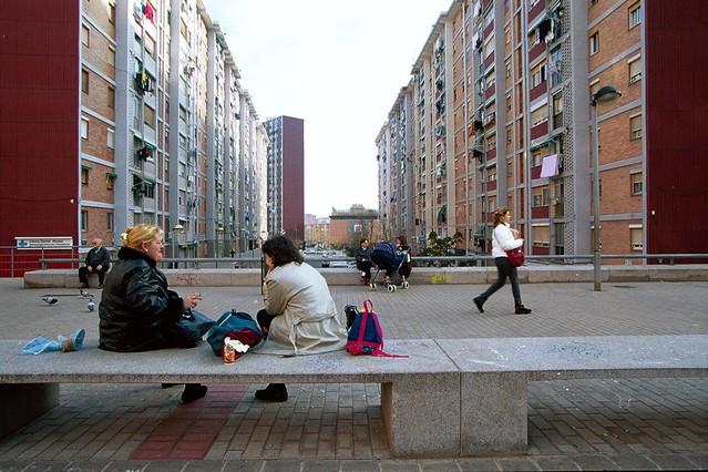 Cornell culmina la reforma del barrio de sant ildefons for Correos cornella de llobregat