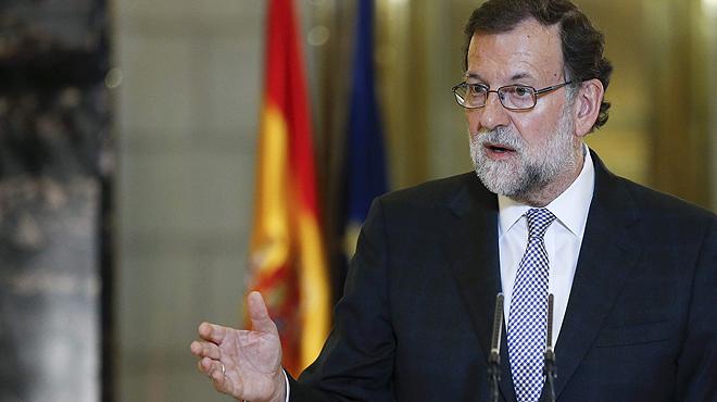 El presidente del Gobierno en funciones, Mariano Rajoy, ha presentadoal l�der de Ciudadanos, Albert Rivera,un documento con un total de cincograndes pactos de Estado. El texto tambi�n ha sido enviado al secretario general del PSOE, Pedro S�nchez, tal y como ha explicado Rajoy.