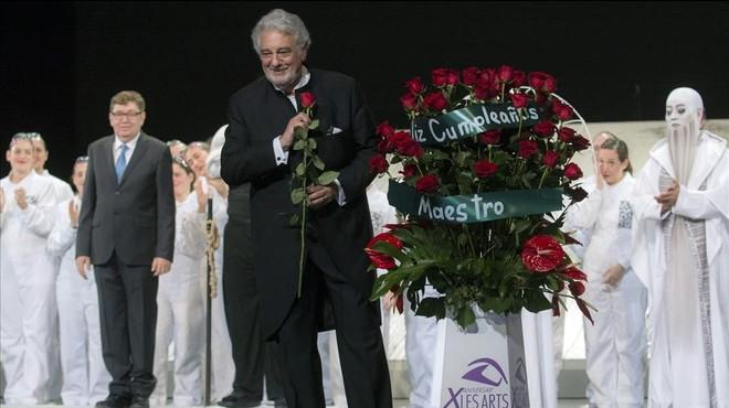 Plácido Domingo compleix 75 anys dirigint 'Samsó i Dalila'