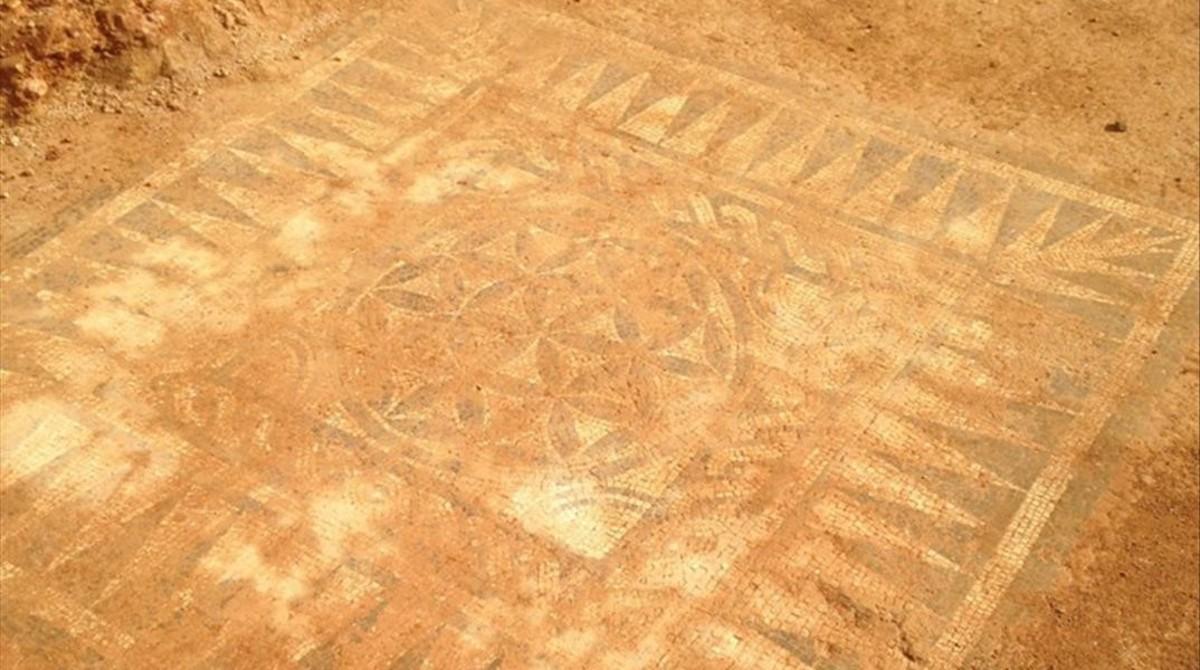 La Badalona romana reaparece con un formidable mosaico en perfecto estado