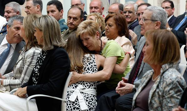 Les víctimes de terrorisme reclamen lluitar contra l'amnèsia