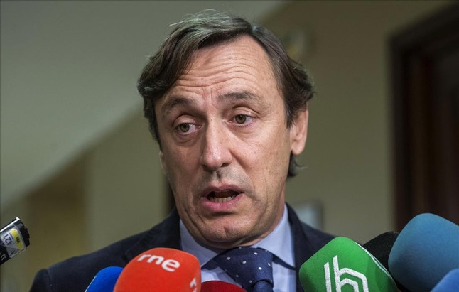 El PP acusa a Podemos de 'golpista'