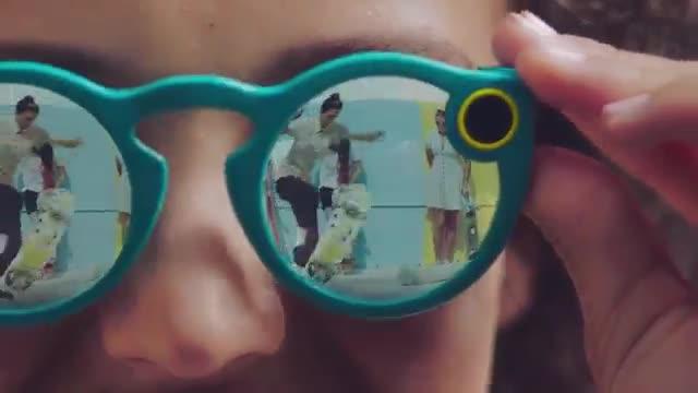La red social de los 'millenials' lanza este oto�o sus gafas Spectacles.
