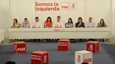 """El PSOE pide la """"dimisión"""" de Rajoy """"también"""" por Catalunya"""