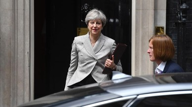 Els tres fronts oberts de Theresa May