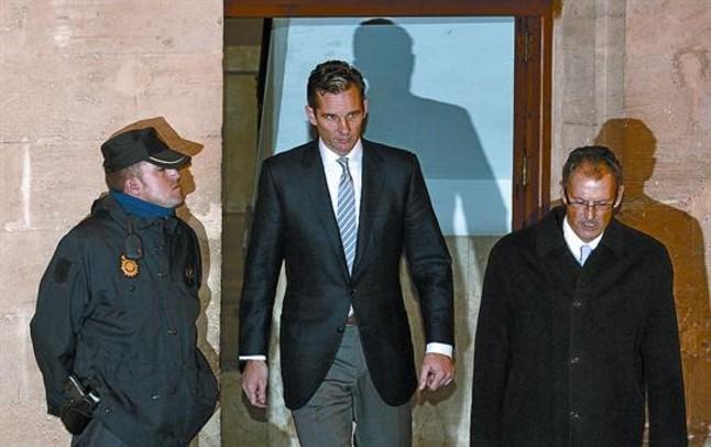 Urdangarin baraja la posibilidad de no declarar ante el juez Castro