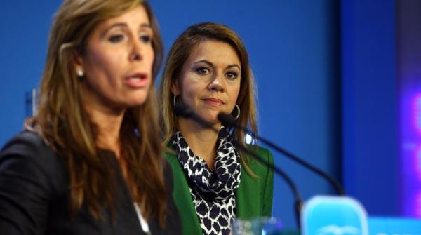 Sánchez-Camacho reclama a CiU que no pacte con ERC, pero apunta que no le dará su apoyo.