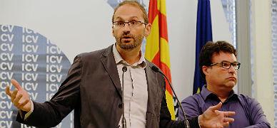 El coordinador de ICV, Joan Herrera, junto al l�der de EUiA, Joan Josep Nuet, en octubre.