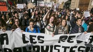 jjubierre36402873 manifestacin contra la lomce y la revlidas161125142336