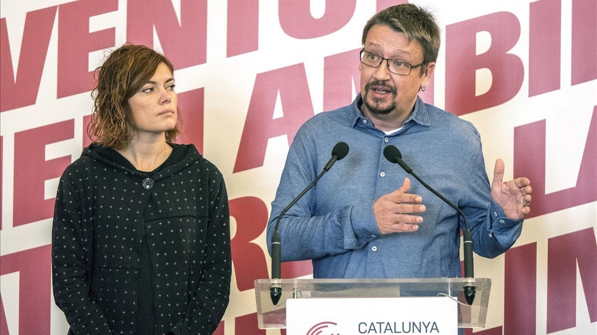 Xavier Domènech y Elisenda Alemany durante la rueda de prensa de su grupo En Comú Podem.