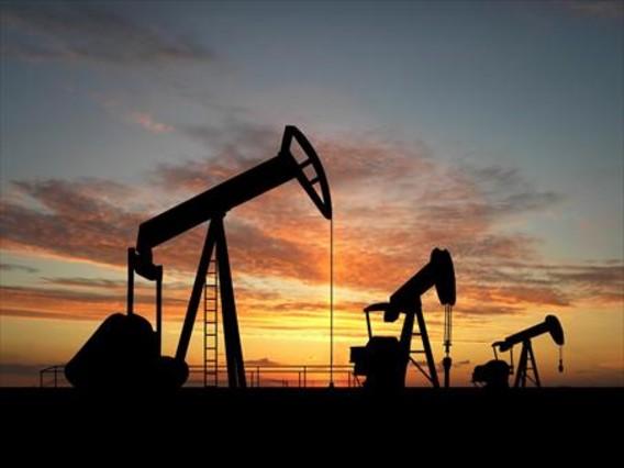 Campo de producci�n petrol�fera.
