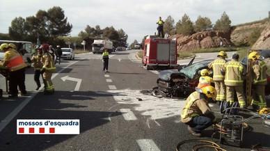 Un conductor begut i drogat causa dos accidents de trànsit en un dia