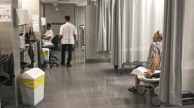 Els hospitals tancaran un 12% dels llits entre juliol i setembre
