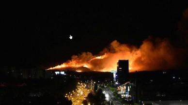 Guadalajara, envoltada per les flames: un incendi manté en suspens la ciutat