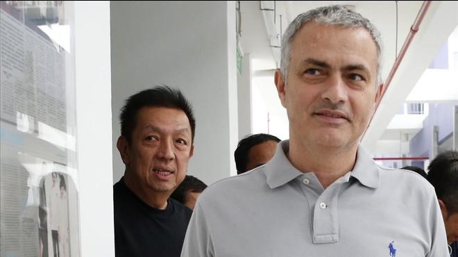 Jos� Mourinho, durante su viaje a Singapur