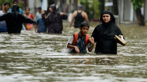 Las fuertes lluvias dejan más de 1.200 muertos en el sur de Asia