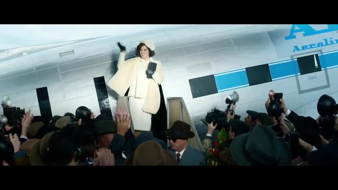 Primer vídeo de Penélope Cruz como 'La reina de España'