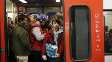 El metro de Barcelona funciona al 85% durante la huelga en Catalunya