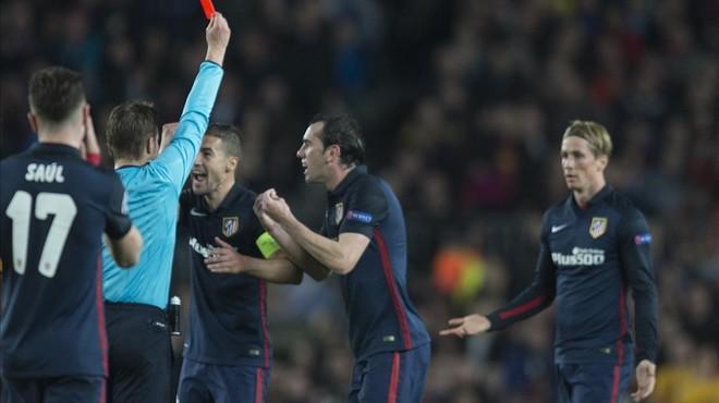 """Filipe Luis: """"El Barça està sempre protegit per la UEFA"""""""