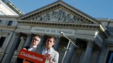 """Rivera treu ferro a la reunió """"ordinària"""" amb De Alfonso"""