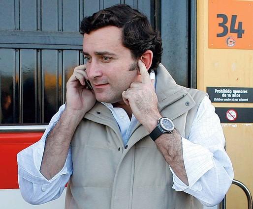 Alejandro Agag habla por teléfono, en una imagen de archivo.