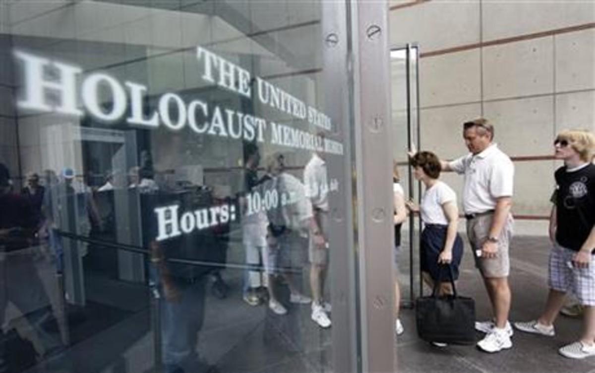 Entrada del Museo del Holocausto de Washington.