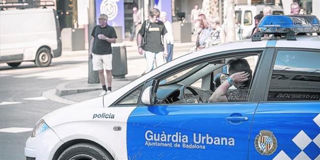 Ola de acusaciones de tongo en el examen de la policía de Badalona