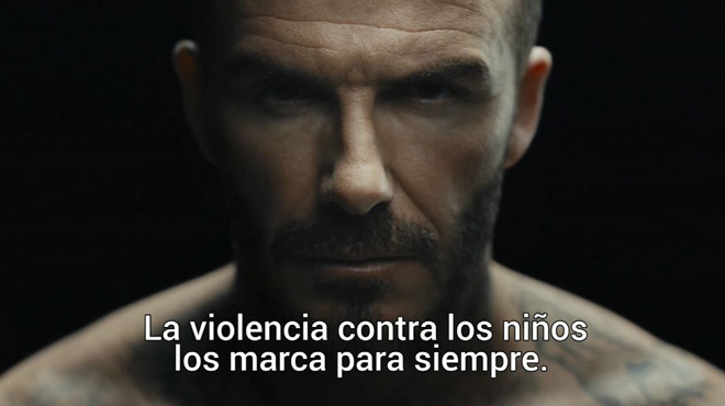 Els tatuatges de David Beckham cobren vida en una campanya d'Unicef contra la violència infantil