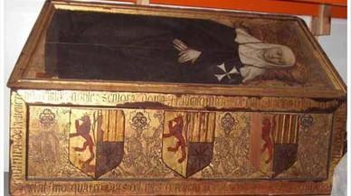 Caja sepulcral de Francisquina d'Erill, una de las piezas de Sijena que custodia el Museu de Lleida.