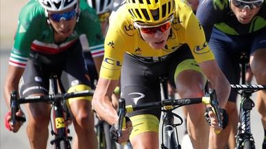 Froome la lía en el Tour de Francia al pie de los colosos alpinos