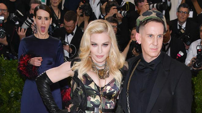 Gala MET: Madonna vestida de Rambo deixa en xoc Sarah Paulson