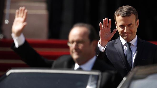 Hollande dona el relleu a Macron i s'acomiada de l'Elisi