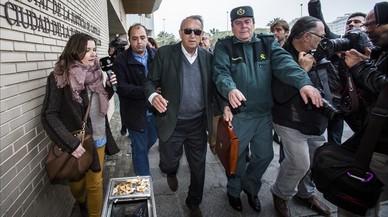 Carlos Fabra, de la presó al jutjat... a no declarar