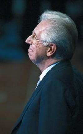 Monti se presenta como el candidato que logró devolver la confianza al país