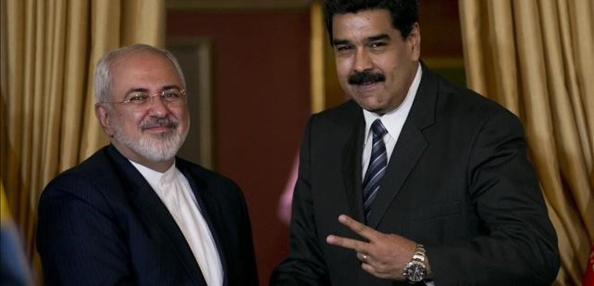 Nicolas Maduro, con el ministro de Exteriores iran�, Mohamed Javad Zarif.
