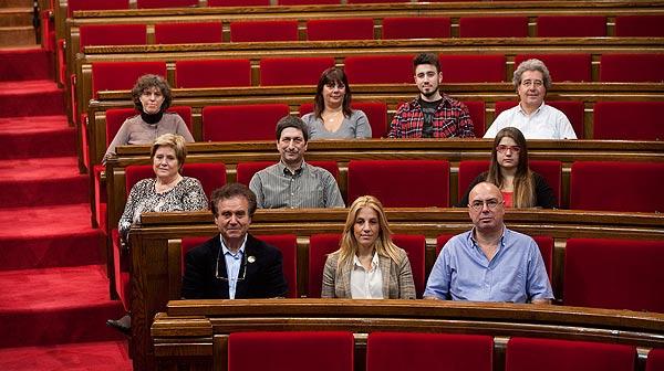 ¿De quins temes ha de parlar la campanya electoral? Deu lectors d'EL PERIÓDICO expliquen quins assumptes els preocupen i quins temes haurien d'abordar els diferents candidats.