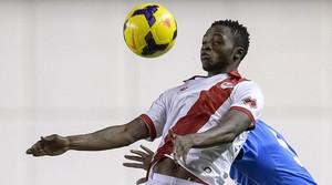 Lass Bangoura, delantero guineano del Rayo, durante un partido en Vallecas