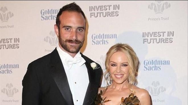Kylie Minogue s'ha casat en secret amb el seu nòvio