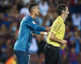 undefined39689057 barcelona spain august 13 cristiano ronaldo l of real170814154612